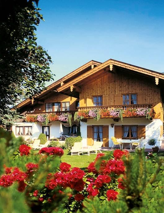 haus barbara ferienwohnungen in bayrischzell ferienwohnung bayern bayrischzell oberbayern. Black Bedroom Furniture Sets. Home Design Ideas